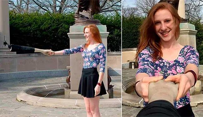 Para quem não quer se sentir sozinho, o braço de selfie serve de companhia - Foto: Divulgação/Design Boom