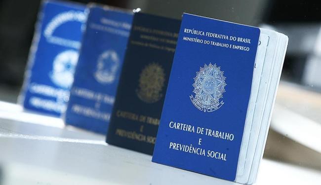 São 51 vagas para Salvador, 93 para Lauro de Freitas, e 34 para Porto Seguro - Foto: Raul Spinassé | Ag. A TARDE