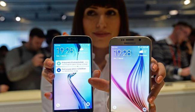 Problemas com celulares lideram reclamações - Foto: Manu Fernandez   AP Photo
