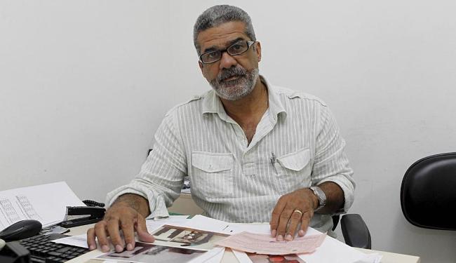 Crispiniano Daltro alerta para pagamento ao coronel e cobra resultado de ações - Foto: Eduardo Martins | Ag. A TARDE | 26.09.2012