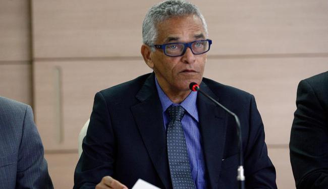 O Tribunal de Justiça argumenta que o desembargador Eserval Rocha apenas cumpre uma decisão judicial - Foto: Marco Aurélio Martins | Ag. A TARDE | 19.12. 2014