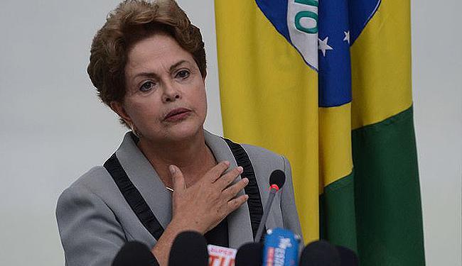 Dilma restringe uso de aviões da FAB para ministros - Foto: José Cruz l Agência Brasil