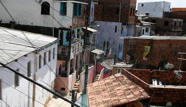 Clima de tensão no Engenho Velho da Federação é alto desde o início do mês - Foto: Luciano da Matt | Ag. A TARDE | 21.03.2012