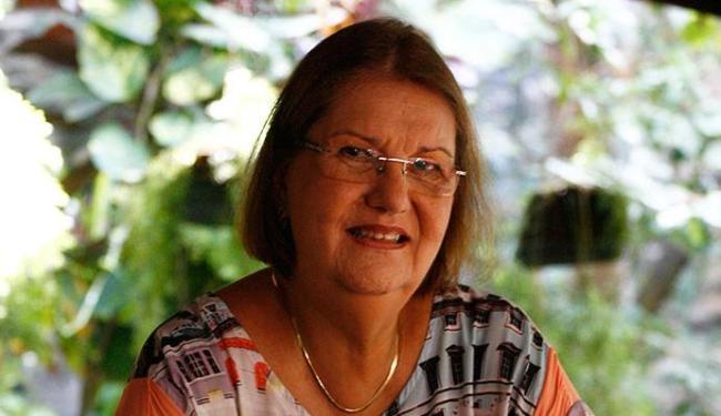 Evelina Hoisel será a primeira mulher a presidir a Academia de Letras da Bahia (ALB) - Foto: Fernando Amorim | Ag. A TARDE