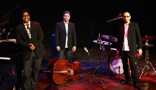 O trio Isaías Rabello, Alexandre Montenegro e Laurent Rivemales - Foto: Divulgação