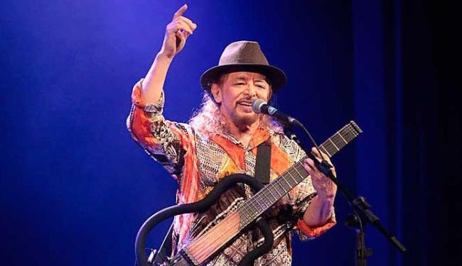 Geraldo passeia por mais de 40 anos de trajetória musical - Foto: Divulgação