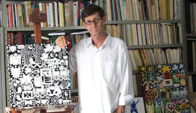 O artista Juraci Dórea vai escrever um livro sobre Feira de Santana - Foto: Lúcio Távora   Ag. A TARDE