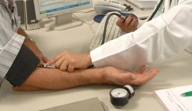 15% é o índice da alta de ofícios enviados pelo Cremeb a médicos para verificar a autenticidade - Foto: André Valentim