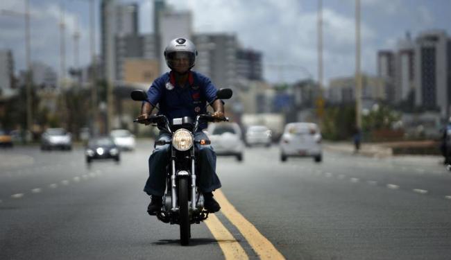 Moto vem com motor SOHC - Foto: Raul Spinassé   Ag. A TARDE