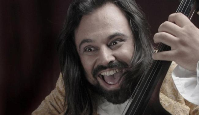Vandex, ex-baixista da banda Úteros em Fúria, é um dos artistas a se apresentar - Foto:   Divulgação