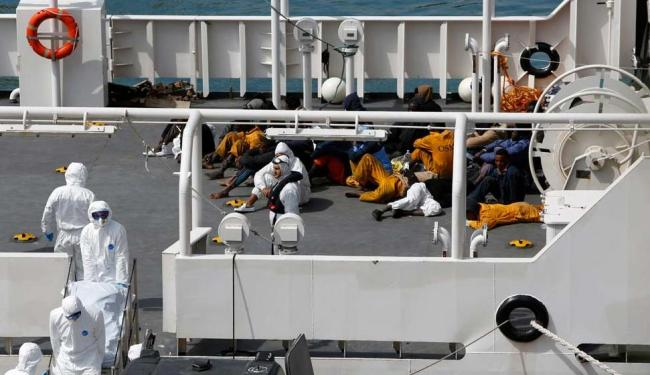É o segundo naufrágio que acontece em 24h, no Mediterrâneo - Foto: Agência Reuters