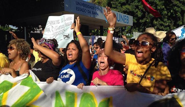 Estudantes pedem o fim da violência contra a juventude negra - Foto: Divulgação | UNE