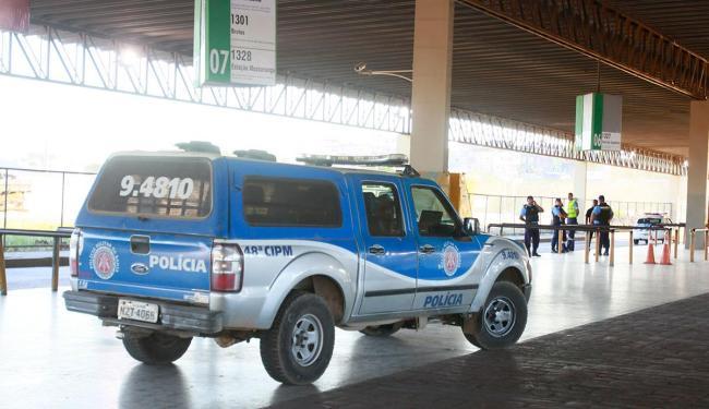 Durante protesto, Estação Pirajá ficou sem ônibus - Foto: Edilson Lima | Ag. A TARDE