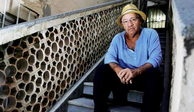 Natural de Nazaré das Farinhas, compositor de 68 anos tem mais de 400 músicas gravadas - Foto: Joá Souza | Ag. A TARDE