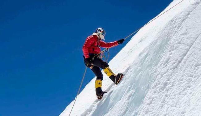 Alpinista cearense relatou que ao descer do helicóptero viu um