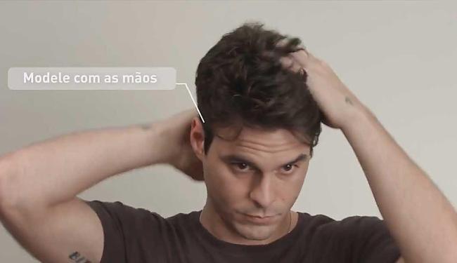 Aprenda a usar spray fixador em cabelos masculinos - Foto: Reprodução