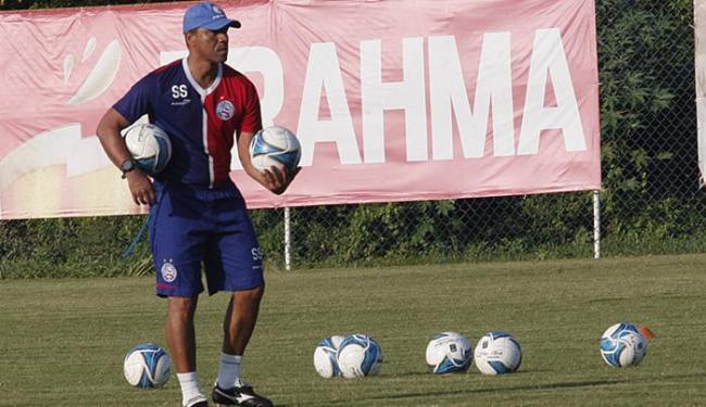 Treinador Sérgio Soares prepara time ofensivo para jogo desta quarta - Foto: Margarida Neide l Ag. A TARDE
