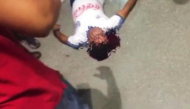 Torcedor bateu a cabeça no chão após ser empurrado - Foto: Reprodução | Instagram
