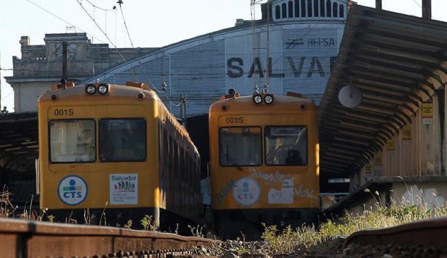 Nesta sexta é a segunda vez que os trens param de circular - Foto: Eduardo Martins | Ag. A TARDE