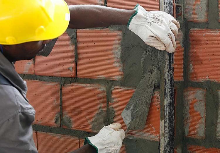 Condições especiais são para quem quer construir, reformar ou ampliar imóvel - Foto: Iracema Chequer | Ag. A TARDE