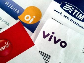 Operadoras pagam atualmente R$ 26 por chip ativo. Com a correção, o valor passaria para R$ 73,58 - Foto: Caetano Barreira   Fotoarena   Folhapress   20.07.2012