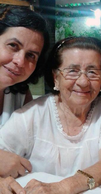 A empresária Inês Ribeiro homenageia sua mãe, Teresa - Foto: Foto do Leitor | Cidadão Repórter