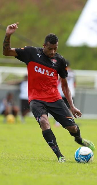 O atacante Elton espera fazer gol pelo terceiro jogo seguido - Foto: Joá Souza | Ag. A TARDE