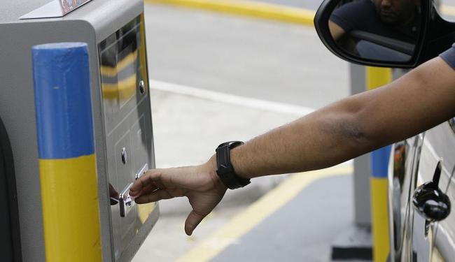 Estabelecimento vai selecionar operadores de caixa para atuação nos estacionamentos - Foto: Marco Aurélio Martins | Ag. A TARDE