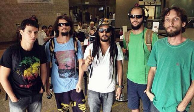 Integrantes tiveram pertences pessoais roubados - Foto: Divulgação