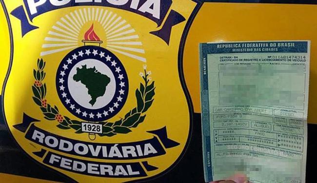 Documento apresentado aos policias rodoviários - Foto: Divulgação   PRF