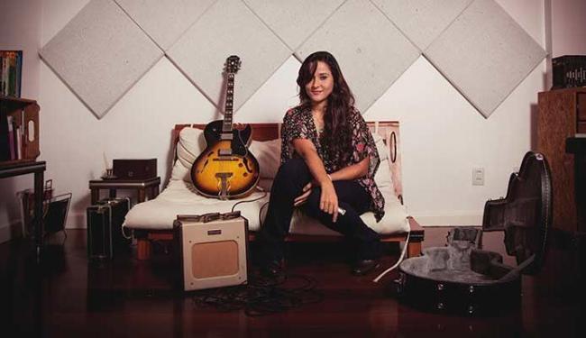 Candice Fiais começou a compor para o disco em 2011 - Foto: Leo Monteiro   Divulgação