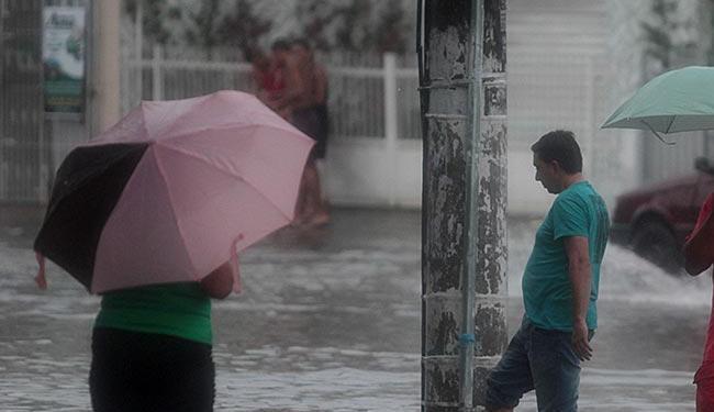 Segundo a Cemaden, algumas regiões da cidade já registraram mais de 200 mm de chuvas - Foto: Lúcio Távora | Ag. A TARDE