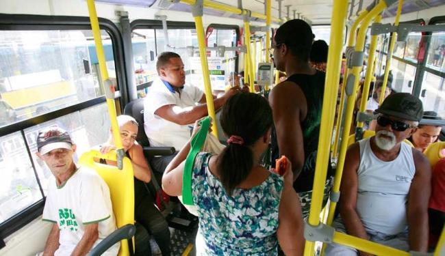 Em Salvador, 38 vagas estão sendo ofertadas para bilheteiro de transportes coletivos - Foto: Joá Souza | Ag. A TARDE