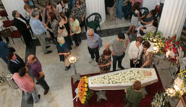 O velório da escritora baiana ocorreu na sede do IGHB, localizado na Piedade - Foto: Margarida Neide | Ag. A TARDE