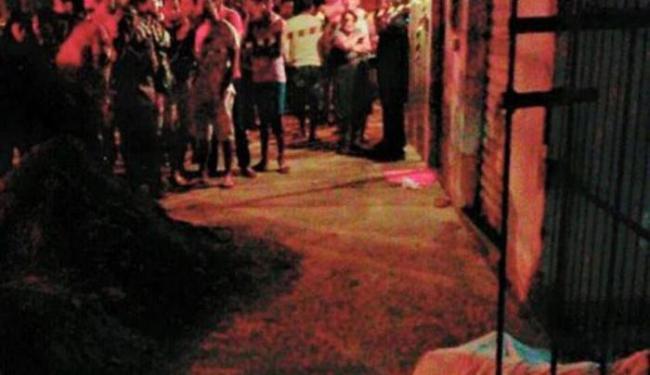 Homem foi morto na zona oeste da cidade de Vitória da Conquista - Foto: Reprodução   Blog do Anderson