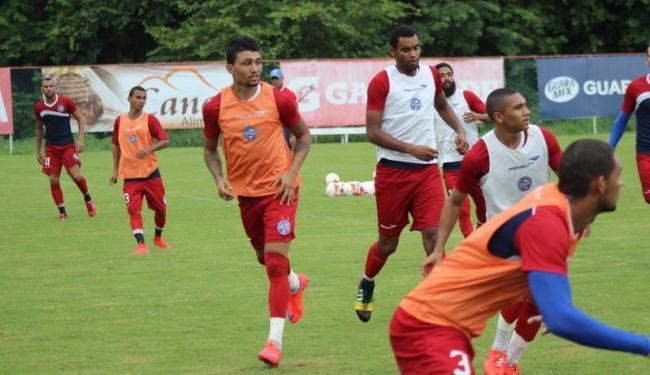 O técnico Sergio Soares dividiu o Bahia em três equipes para treinar posse de bola no Fazendão - Foto: Divulgação | E.C. Bahia