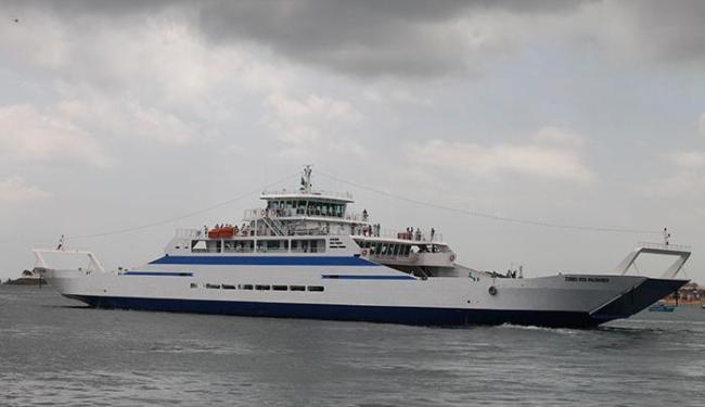 Rampa de atracação é diferente nos ferries convencionais e apenas três embarcações conseguem operar - Foto: Edilson Lima   Ag. A TARDE