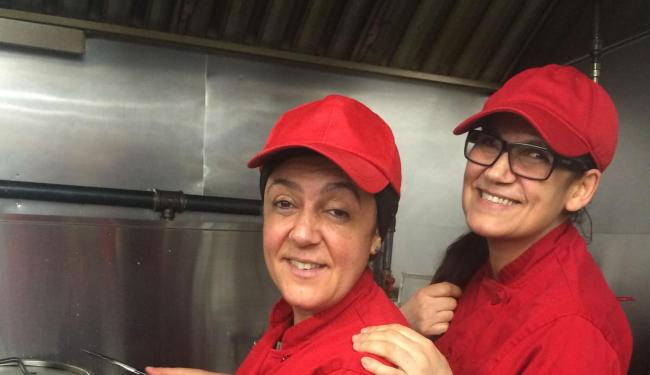 As baianas Erli e Elzi Ribeiro são as donas do restaurante Point Brazil - Foto: Arquivo Pessoal / Divulgação