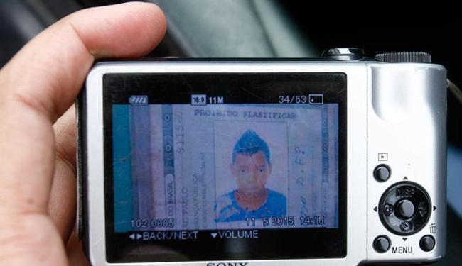 Vítima do homicídio (foto) tinha 17 anos e o autor do crime é um ano mais velho - Foto: Fernando Amorim | Ag. A TARDE