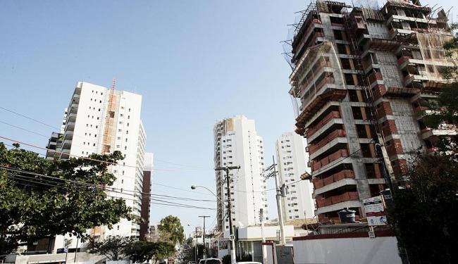Previsão é que o financiamento imobiliário no país sofra desaceleração - Foto: Mila Cordeiro   Ag. A TARDE   03.09.2014