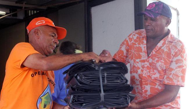 Material é entregue na sede da Defesa Civil, na Av. Mário Leal Ferreira (Bonocô) - Foto: Agecom prefeitura | Divulgação