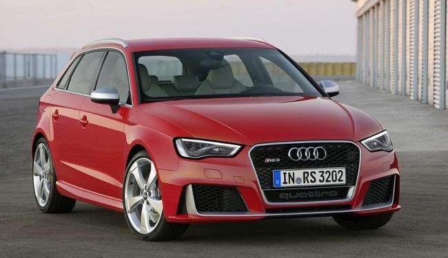 O hatch esportivo está com um novo conjunto frontal - Foto: Divulgação Audi