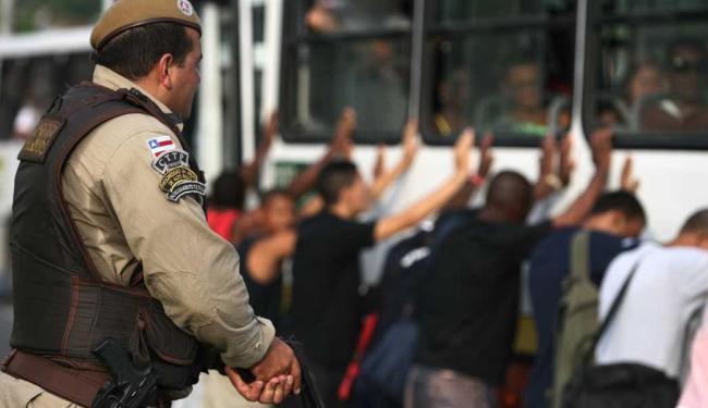 PM prendeu em dois meses 15 assaltantes - Foto: Raul Spinassé | Ag. A TARDE