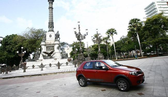 O Fiat Palio passou o Onix, que foi líder de vendas em março - Foto: Margarida Neide | Ag. A TARDE