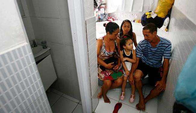 Paulo Roberto Sá e sua família estão abrigados em um quarto no Hotel Pink. - Foto: Divulgação