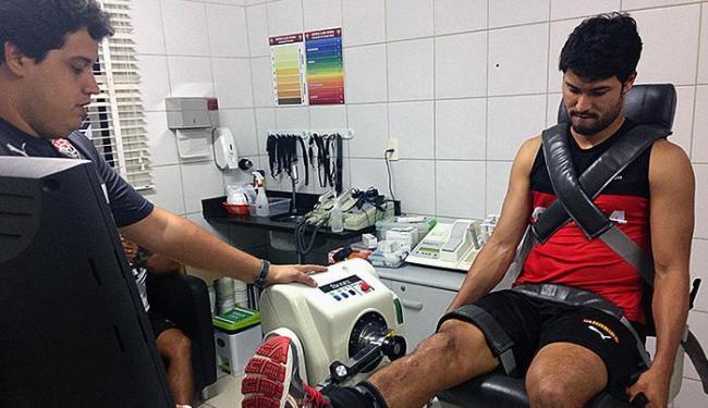 Meia realizou exames médicos e deve ficar à disposição do treinador - Foto: Divulgação l E.C. Vitória