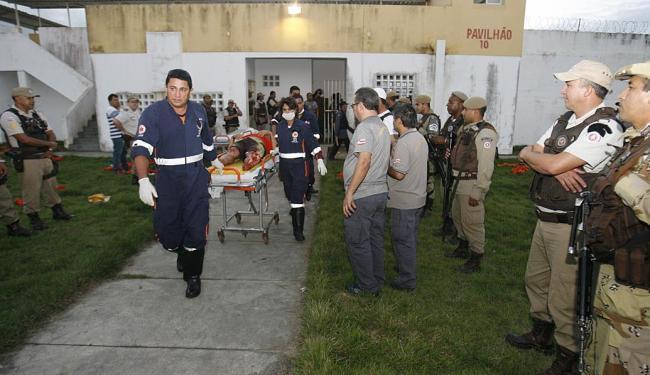 Cinco detentos ficaram feridos - Foto: Luiz Tito | Ag. A TARDE