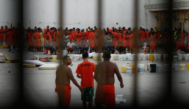 Pavilhão onde acontece rebelião tem 340 presos - Foto: Luiz Tito | Ag. A TARDE