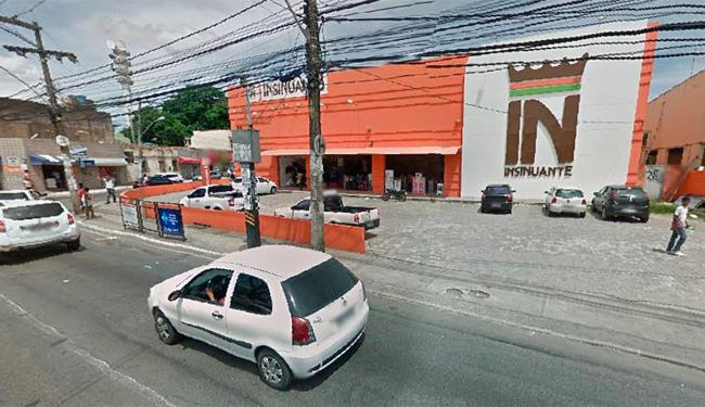 O assalto aconteceu por volta das 13h desta quinta-feira, 21 - Foto: Reprodução | Google Street View