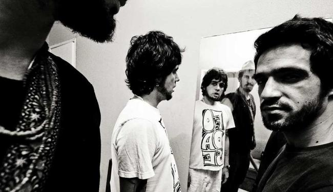 Os integrantes da Scambo, que faz show com ingresso esgotado - Foto: Marcelo Santana | Divulgação